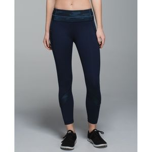 Lulu Inspire Tight Camo Oil Slick Navy Skinny Pant